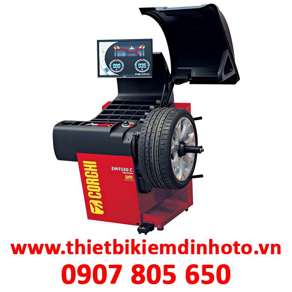 Máy cân bằng lốp chuyên nghiệp với con trỏ laser Corghi EM9580